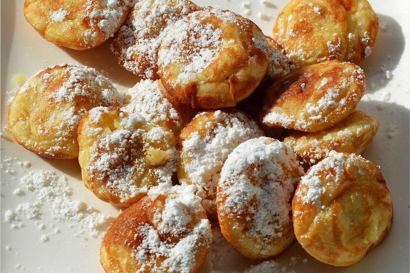 Frisch gebackene Poffertjes in der Wilhelms Weihnachtshütte